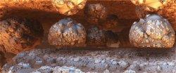 Deep mining on Saturi